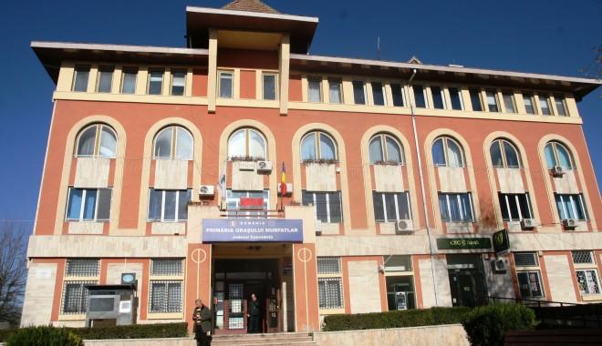 Foto: Constituirea consiliului local Murfatlar, amânată din cauza unor neînţelegeri