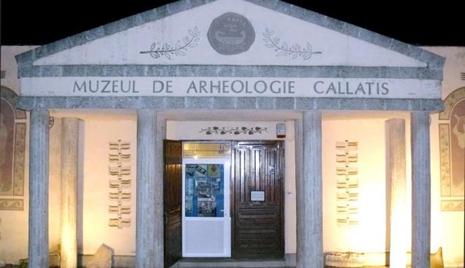 """Foto: """"Împăiaţi-vă iubiţii"""", la Muzeul Callatis"""