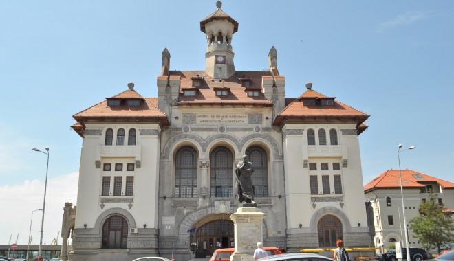 """Foto: Vernisaj """"Artă şi religie în Dobrogea Romană"""""""