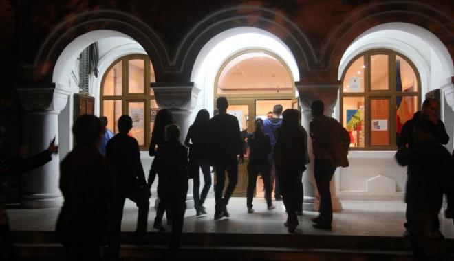 """Foto: """"Noaptea Muzeelor"""", bine primită de constănţeni"""