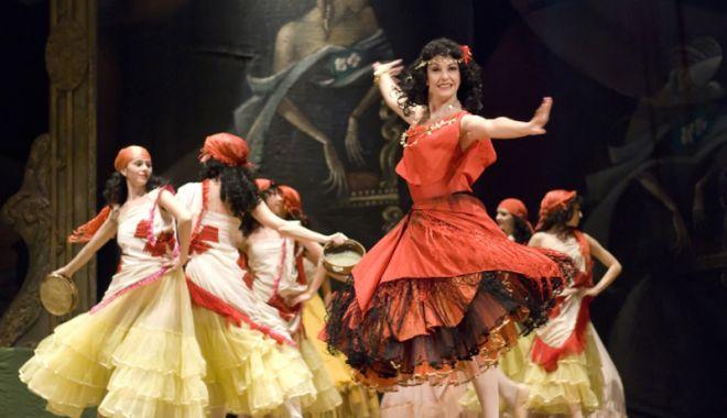 "Foto: Teatrul  ""Oleg Danovski"" joacă  în deplasare"