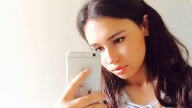 Foto: TRAGEDIE! Fiica unui milionar A MURIT după ce a mâncat un sandviş în aeroport