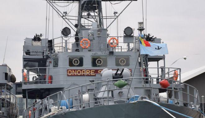Cinci nave din Gruparea Navală NATO fac escală în portul Constanța - natoportescala-1605113535.jpg