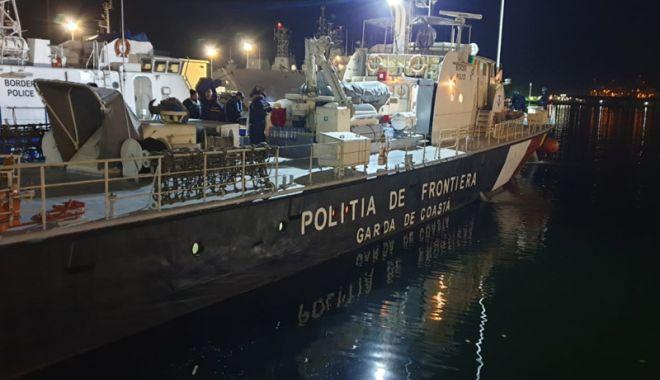 Foto: O navă a Poliţiei de Frontieră Române, în misiune,  trei luni, la frontierele Europei din Marea Egee
