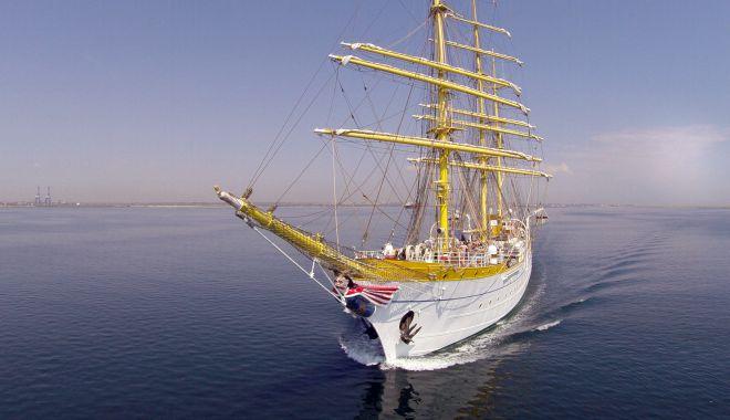 Antrenamente pe mare cu nava școală Mircea înaintea plecării velierului în marș - navascoalamircea-1555514567.jpg