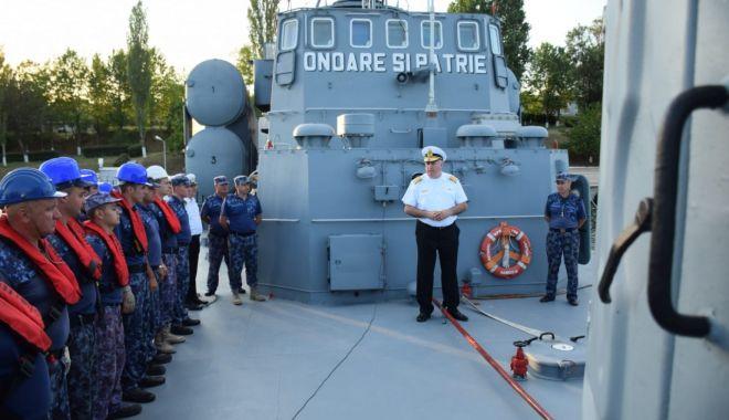 """Foto: Trei nave militare româneşti, la exerciţiul """"Sea Breeze 19"""", pe Marea Neagră"""