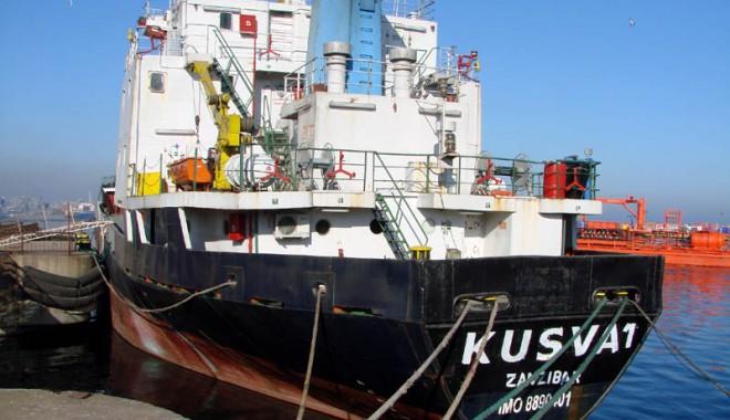 Foto: Navele străine nu vor mai putea face dumping social în porturile româneşti