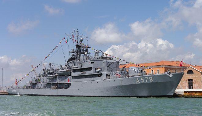 Foto: Două nave şcoală din Turcia, în Portul Constanţa. Le puteţi vizita duminică!