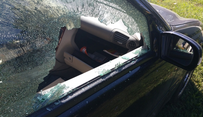 Foto: Arestat după ce a furat din mai multe maşini, în Tomis Nord