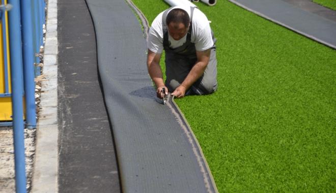 Foto: Primăria Năvodari demarează construcția  unui teren de sport omologat cu gazon artificial