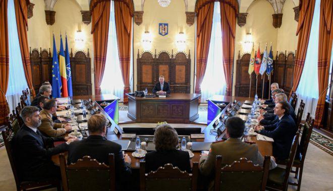 Klaus Iohannis convoacă CSAT pentru tensiunile Rusia-Ucraina - ndamagfzad1hmmeynmq3yzk2odi5yjjh-1619087733.jpg