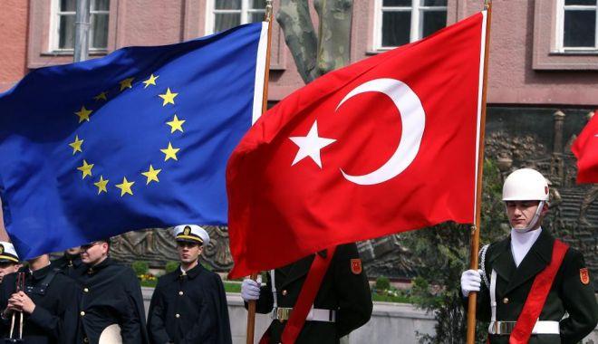 Foto: Negocierile de aderare a Turciei la UE, foarte aproape de a fi suspendate