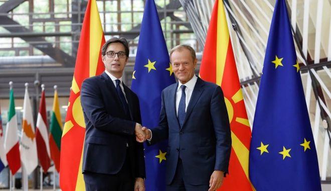 Foto: Negocierile pentru aderarea Macedoniei de Nord şi Albaniei la UE, abia la toamnă