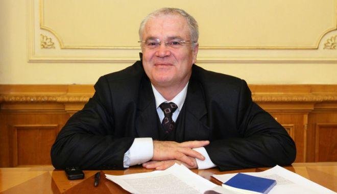 """Foto: """"Eliminarea preşedintelui din procesul de numire  a conducerii ÎCCJ respectă decizia CCR"""""""