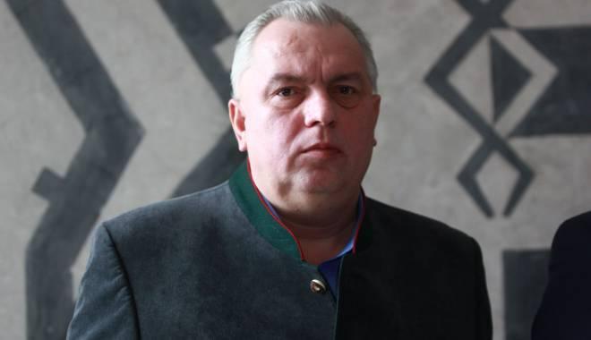 Foto: Nicuşor Constantinescu deplânge decesul bunului său prieten Stelian Fronescu