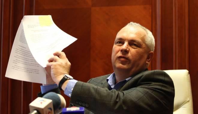 Foto: O nou� lovitur� pentru Nicu�or Constantinescu! Ce i-au preg�tit procurorii
