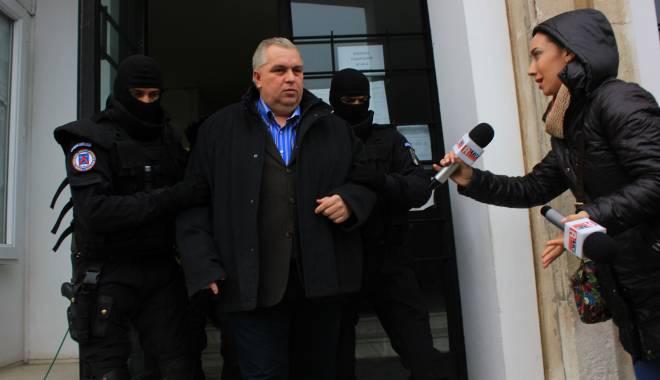 Foto: Nicu�or Constantinescu, �n aten�ia ANI. Institu�ia a sesizat DNA �i ANAF