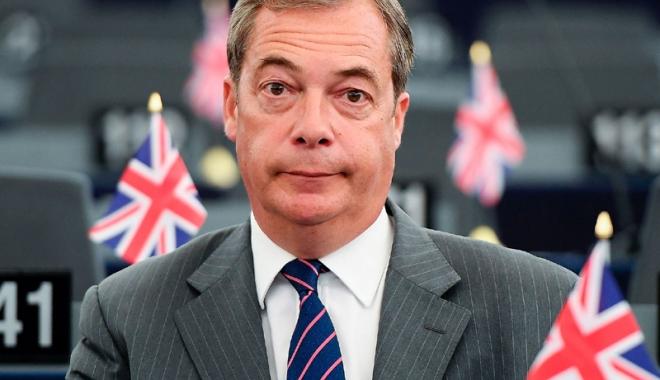 Foto: Nigel Farage face apel la vigilență în fața opozanților Brexit-ului