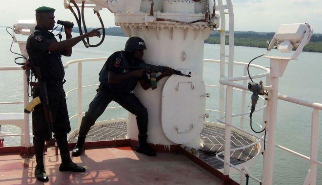 Nigeria înființează o forță militară pentru combaterea pirateriei în Golful Guineea - nigeriainfiinteazaoforamilitarap-1623951463.jpg