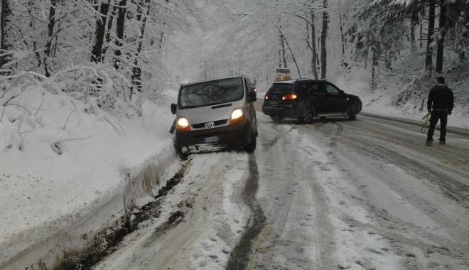 Foto: ANM: Ciclonul polar Olaf ajunge, duminică, în România. Precipitaţiile se vor transforma în ninsoare