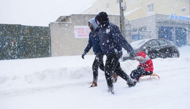 Foto: Ger şi ninsori, la Constanţa. Cod galben de viscol,  până vineri dimineaţă