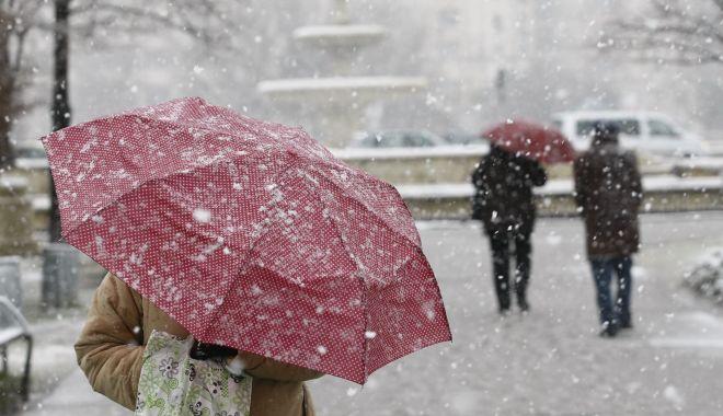 Avertizare meteo COD GALBEN pentru mai multe judeţe din ţară - ninsoare-1552652771.jpg