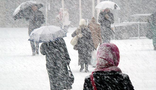 Foto: VAL POLAR PESTE ROMÂNIA! Vremea se va răci accentuat și se întorc ninsorile