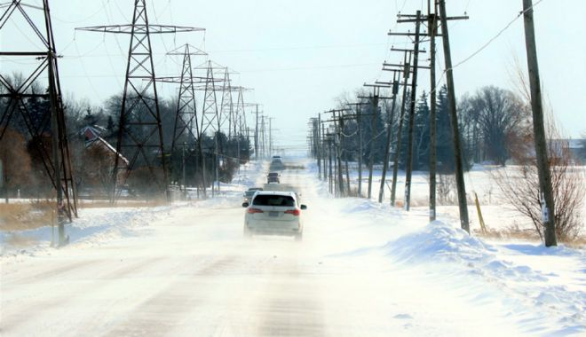 Foto: Ninsori în toată ţara. Şoferii profesionişti, obligaţi să aibă lanţuri