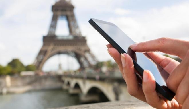 Foto: VEŞTI BUNE PENTRU CEI CARE CĂLĂTORESC ÎN UE. Tarifele de roaming vor fi plafonate la 3,2 eurocenţi pe minut