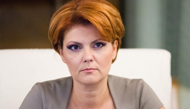 Foto: Noii miniștri au depus jurământul.  Olguța Vasilescu a rămas fără minister
