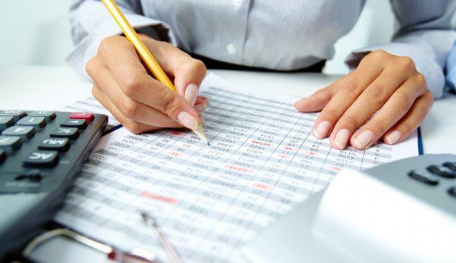 Foto: Noi prevederi contabile pentru agenții economici