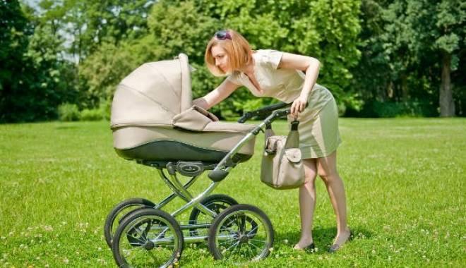 Foto: Noi reguli privind indemnizaţia lunară pentru creşterea copiilor