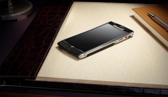 Foto: Vertu și Bentley, parteneri pentru telefoanele milionarilor