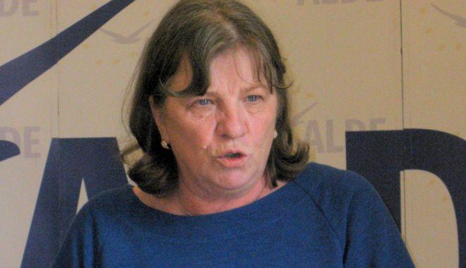 Foto: Norica Nicolai, campanie prezidențială pentru Călin Popescu Tăriceanu