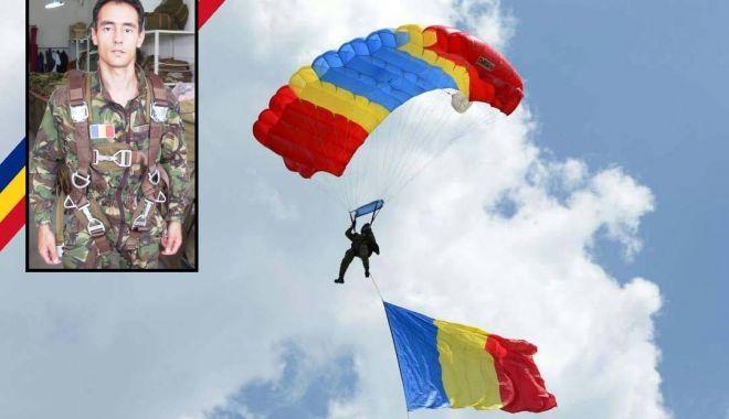 Foto: RIP, caporal Cristinel Jianu. Ultima paraşutare: un an de la tragedia de la Clinceni