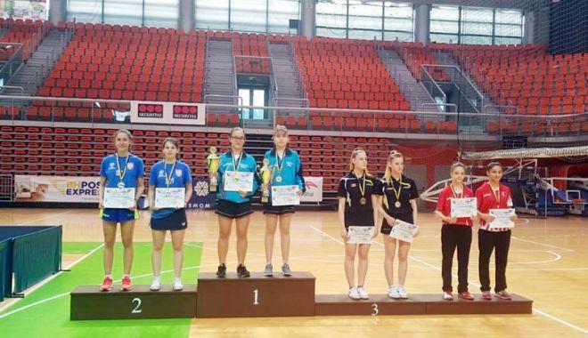 Foto: Noua stea a tenisului de masă românesc, Elena Zaharia, de neoprit!