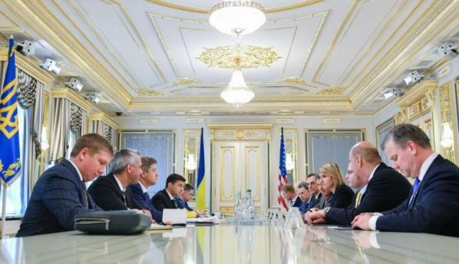 Foto: Noul preşedinte al Ucrainei cere SUA să înăsprească sancţiunile împotriva Rusiei