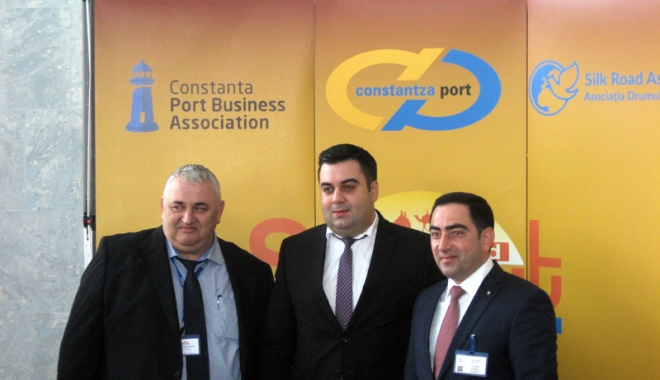 Foto: Noul drum al mătăsii va trece prin portul Constanţa