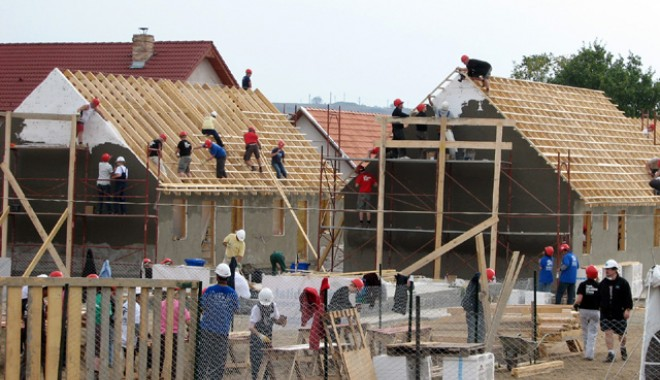 Foto: Numărul autorizațiilor de construire pentru clădiri rezidențiale este în creștere
