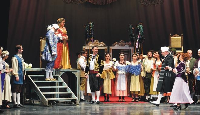 """Foto: Invitaţie la operă:  Haideţi la """"Nunta lui Figaro""""!"""