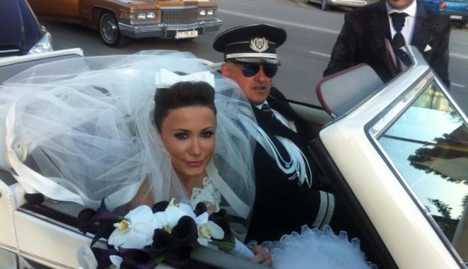 Galerie FOTO. Managerul Iaki Mamaia și șeful Crimei Organizate s-au căsătorit în stil rock-baroc - nuntapavelfrumoasa13701612141-1370254075.jpg