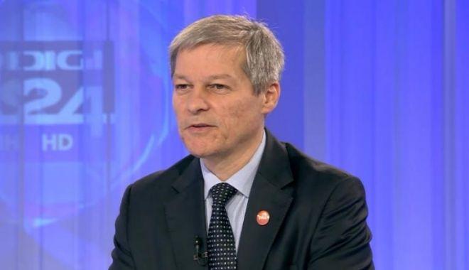 Foto: Dacian Cioloș, mesaj pentru Klaus Iohannis după moțiunea de cenzură