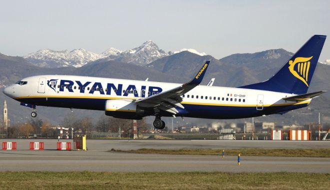 Foto: O aeronavă Boeing 737, confiscată în Franţa