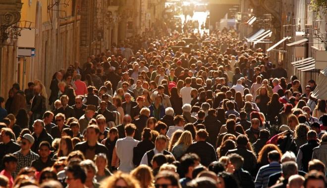 Foto: IRES: 75% dintre români cred că lucrurile merg într-o direcţie greşită în ţară