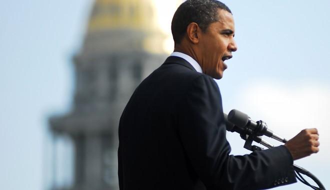 """Foto: Scrisoare cu o """"substanţă suspectă"""", trimisă lui Obama"""