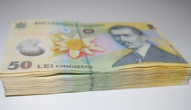 Foto: O bancă acordă IMM-urilor credite de 526 milioane lei cu garanţia statului
