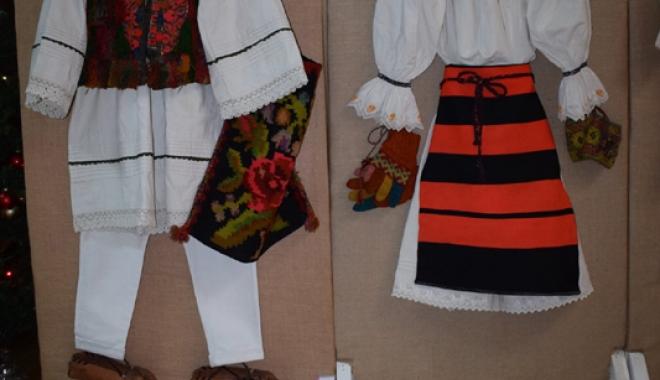 Obiceiuri şi tradiţii de Crăciun, în Dobrogea. Cum se organizau colindătorii pe vremuri - obiceiuri3-1513267809.jpg