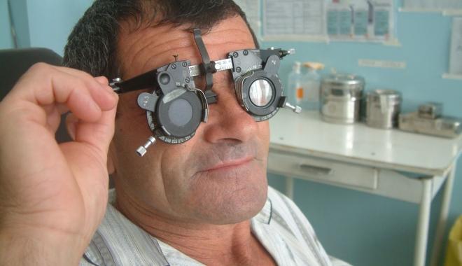 Foto: Fenomen îngrijorător! Tot mai mulţi bolnavi cu afecţiuni oculare, la Constanţa