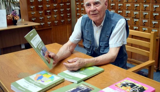 Foto: Frânturi dintr-o viață zbuciumată. La 87 de ani, scrie cărţi şi se contrazice cu istoricii vremii