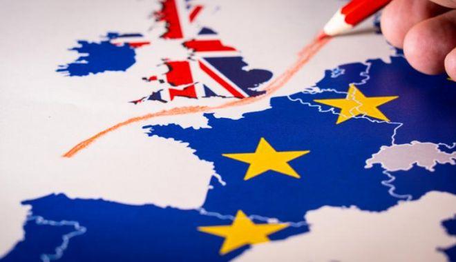 Foto: Regatul Unit este decis să continue negocierile cu UE privind relațiile după Brexit